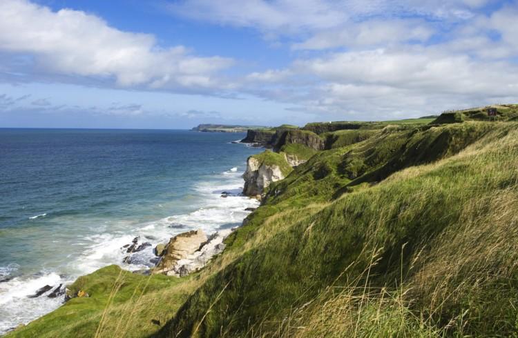 Scogliere e baie d'Irlanda
